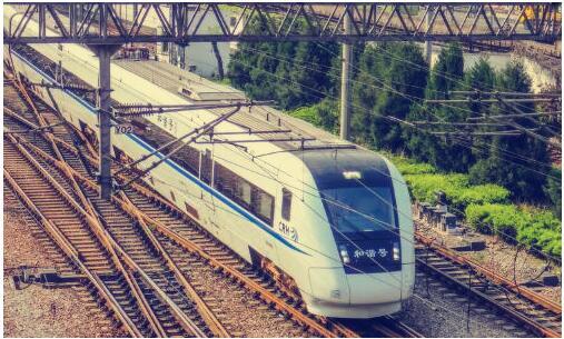 高铁3.jpg