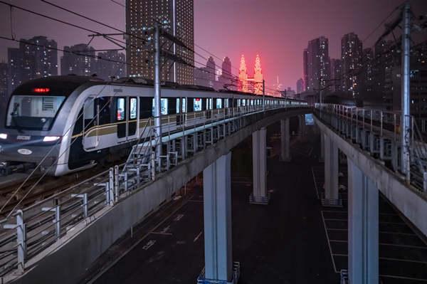 摄图网_501718783_重庆海棠溪站(企业商用).jpg