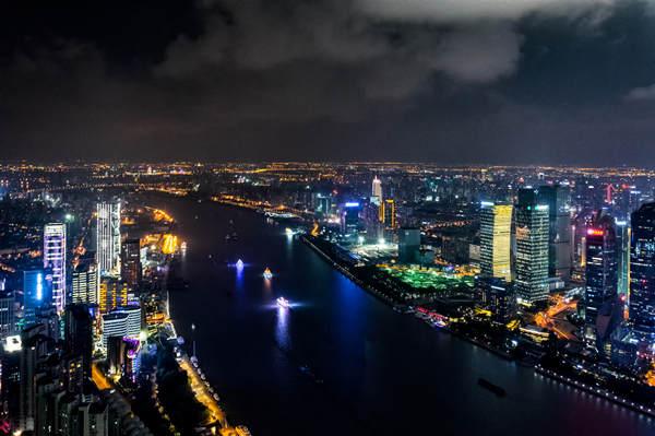 摄图网_500749833_上海夜景(企业商用).jpg